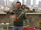New Girl (1×22) – Tomatoes